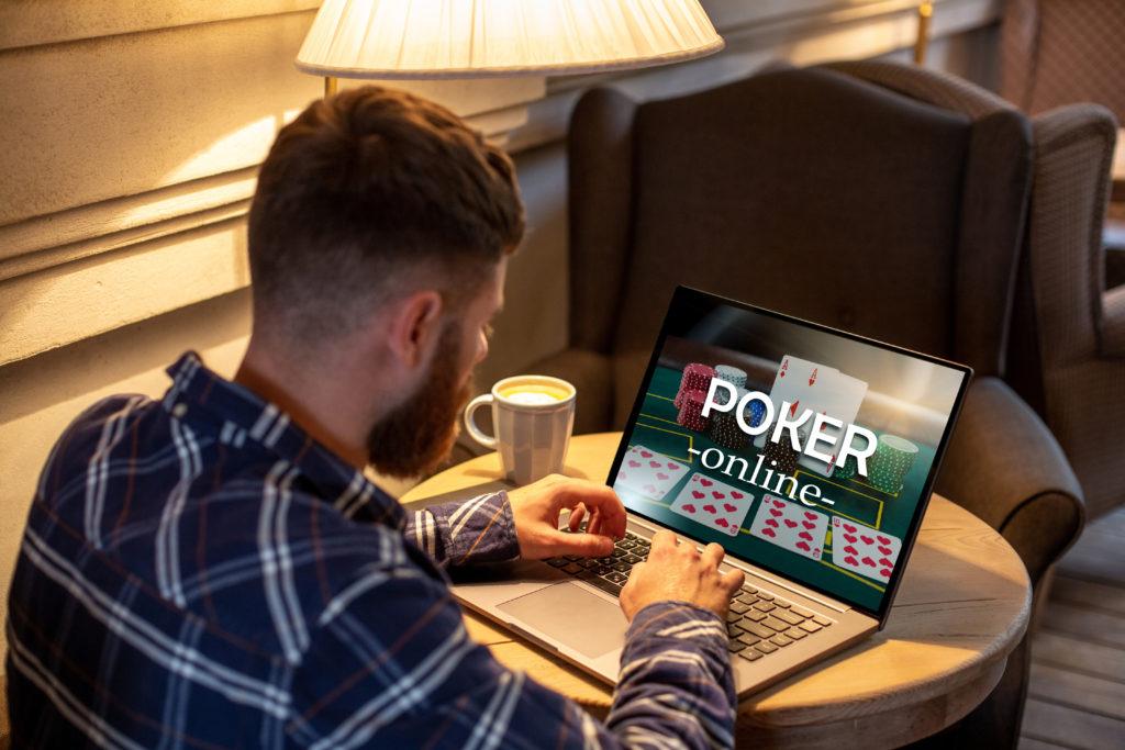 Comprendre le jeu de poker en ligne